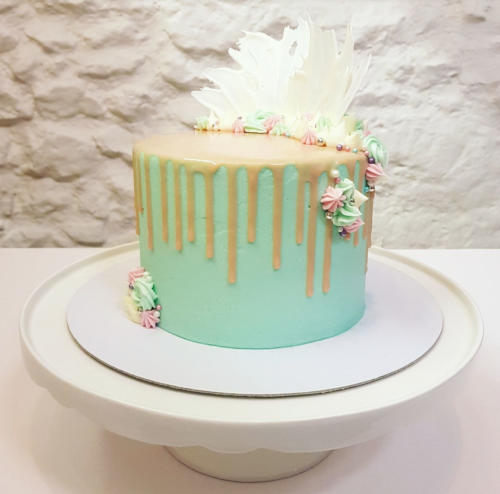mint drippy cake